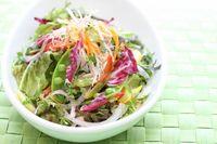 沢山の旬の色を使って作る「野菜ソムリエサラダの盛り付け方」