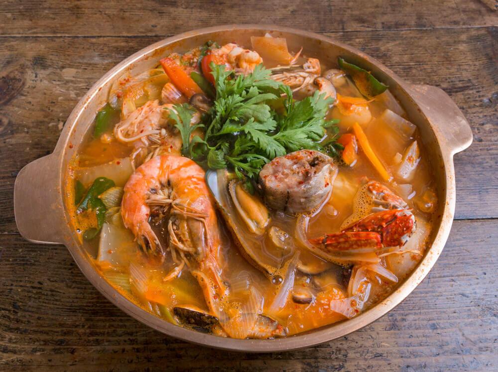 ヘムルチョンゴル(韓国の海鮮鍋)